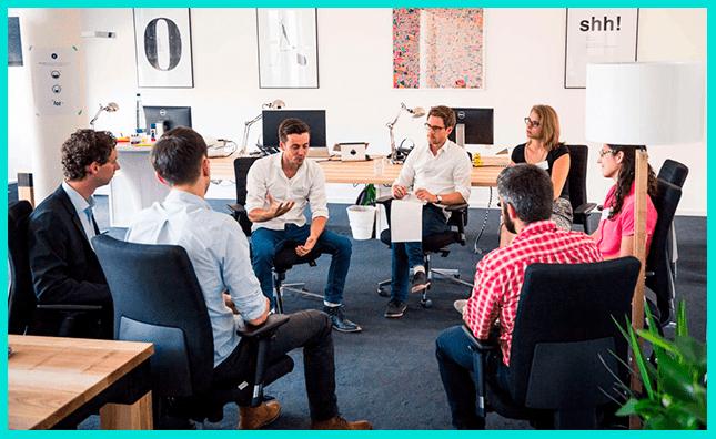 Дискуссионный клуб - популярное направление в коллективном обучении
