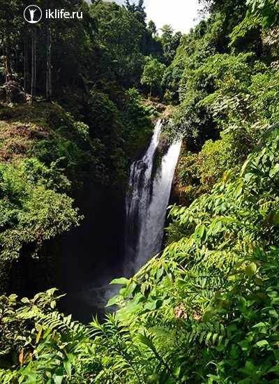 Водопад Aling-Aling